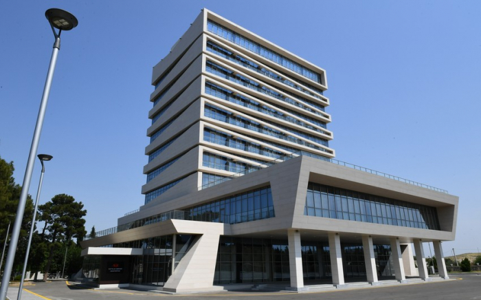 İlham Aliyev Naftalan Merkez Sanatoryumu'nun açılışını yaptı