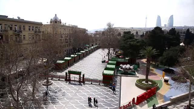 Azerbaycan'da koronavirüs önlemleri nedeniyle sokaklar boşaldı