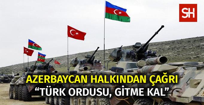 Bakü'de, Türk ordusunun Azerbaycan'da kalması için gösteri yapıldı - VİDEO