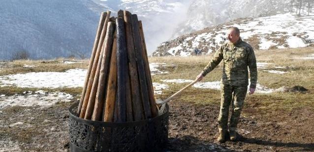 Cumhurbaşkanı Aliyev, Nevruz ateşini işgalden kurtarılan Şuşa'da yaktı