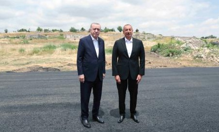 Cumhurbaşkanı Erdoğan, Cumhurbaşkanı Aliyev'le Şuşa'da baş başa görüştü