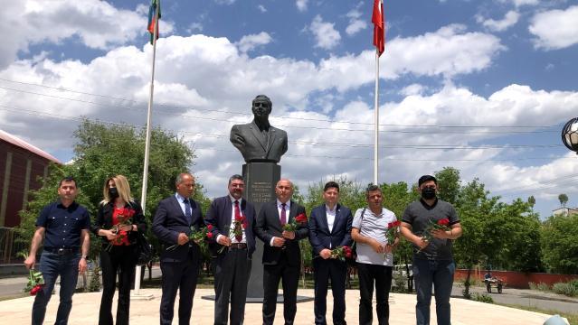 Kars'ta, Azerbaycan'ın Milli Kurtuluş Günü etkinliği