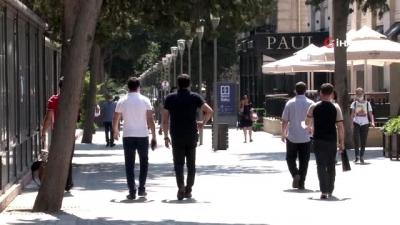 Azerbaycan'da kafe ve restoranlar yeniden açıldı