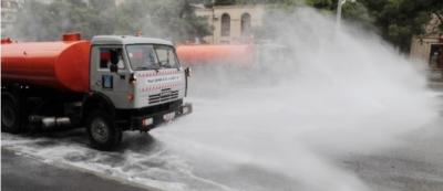 Bakü'de 551 sokak dezenfekte edildi - FOTO