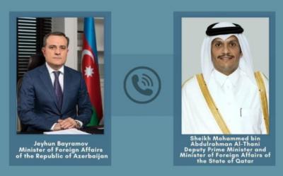 Katar ve Azerbaycan dışişleri bakanları