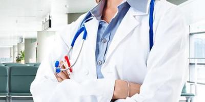 Türkiye'de çalışan 19 Azerbaycanlı doktor, Kovid-19'la mücadele için ülkelerine döndü